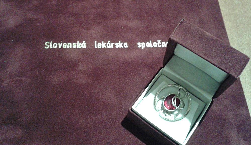 fofo-1-ocenenie-strieborny-odznak-slovenskej-lekarskej-spolocnosti
